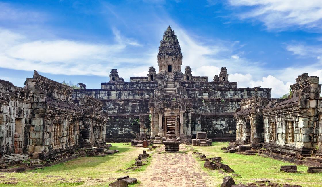 Ankor Wat temple wing