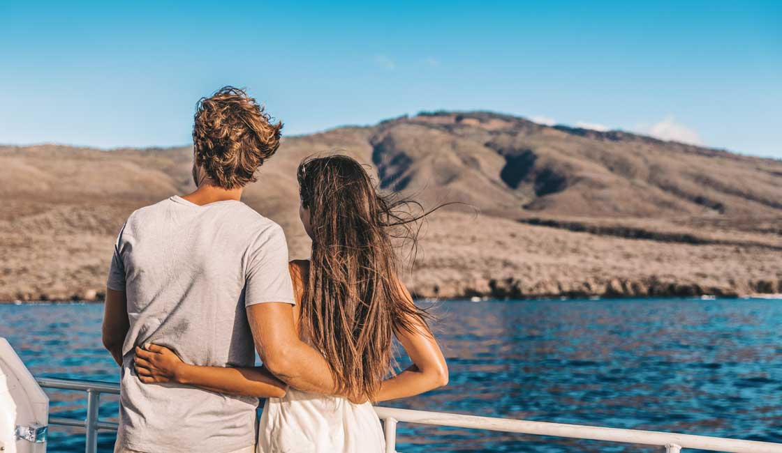 A couple on the Galapagos cruise