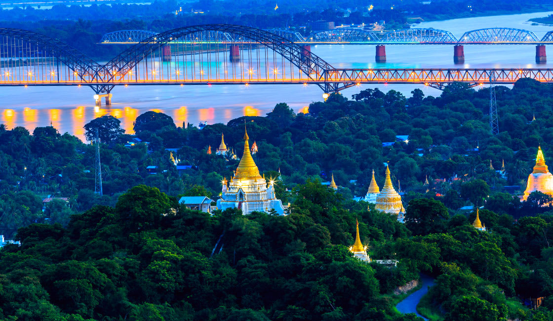 Dawn over the Irrawaddy