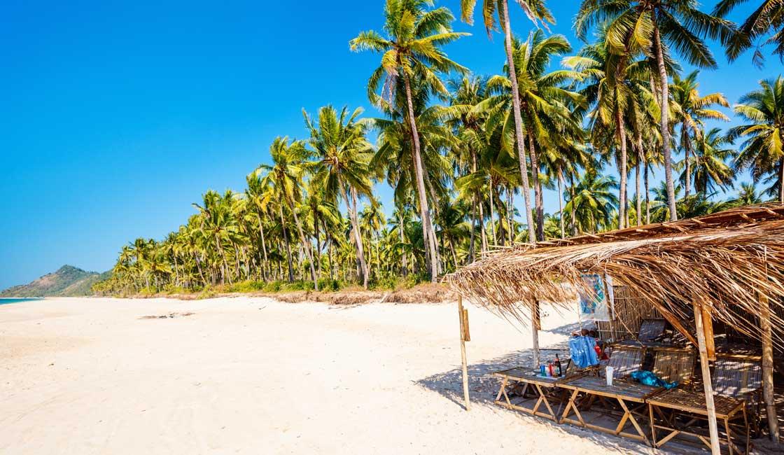 Ngapali sandy beach