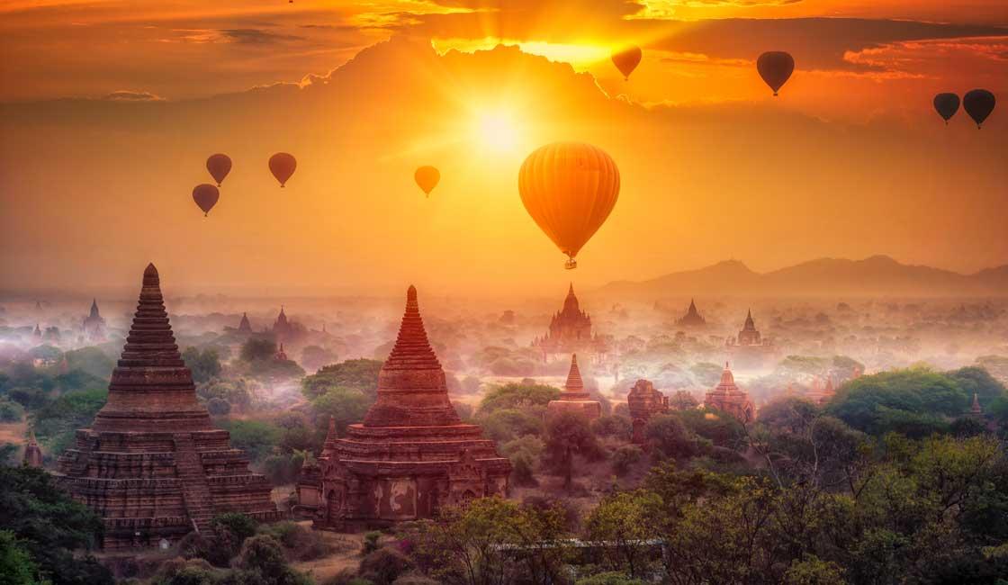 Air balloons over Bagan plains