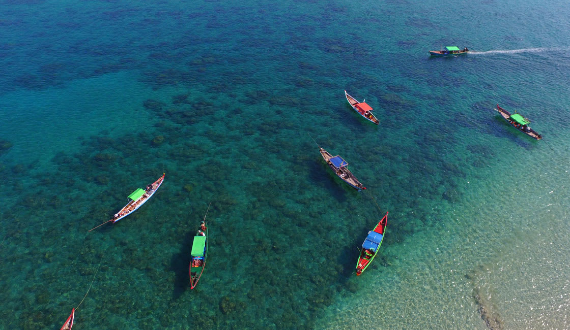 Boats in the shallo water