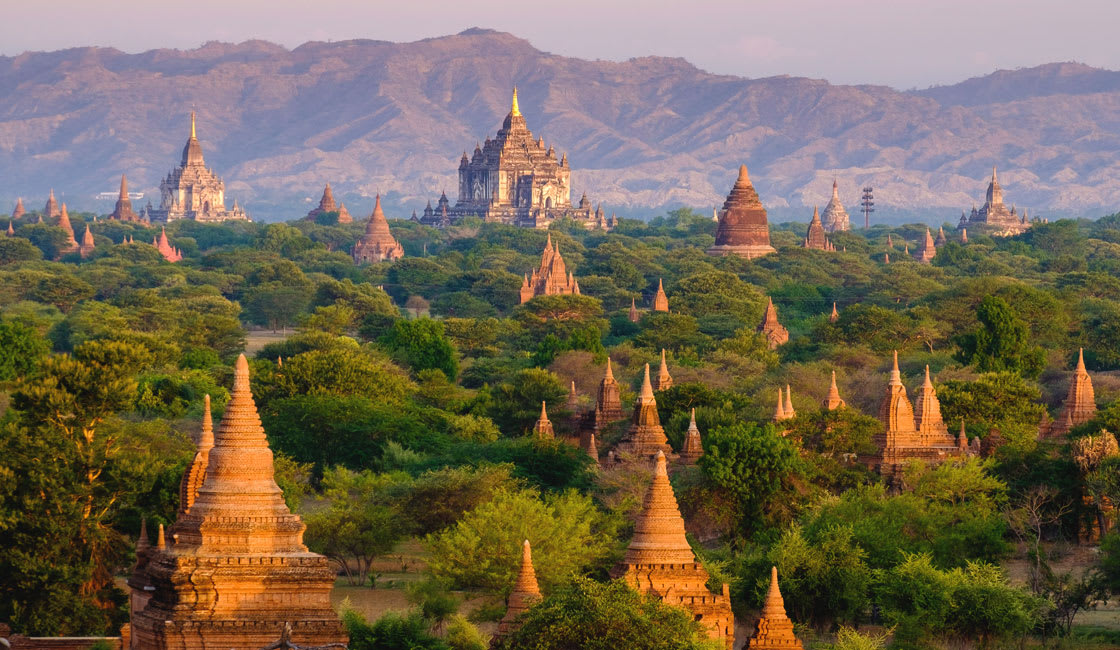 Bagan plain with many stupas