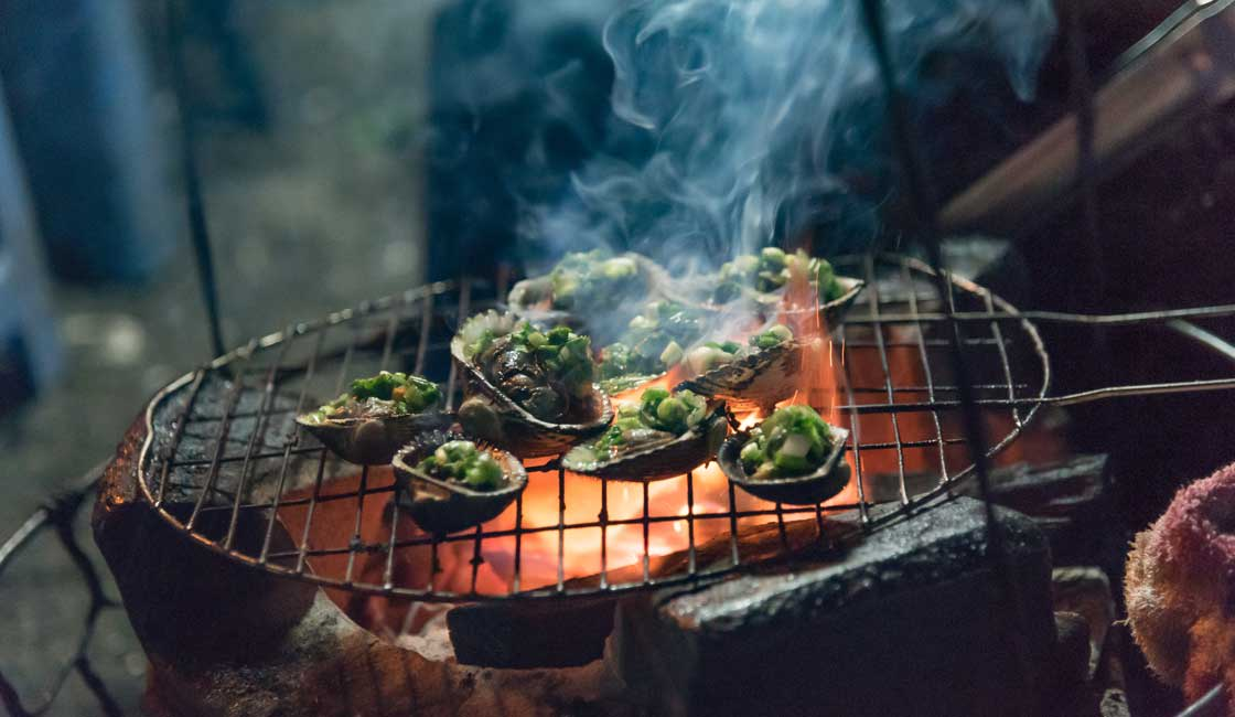 Barbecued snails