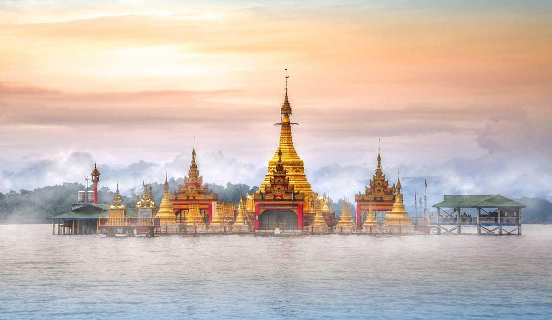 Pagoda on the lake