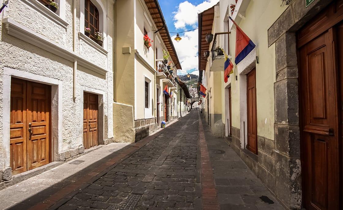 Calle La Ronda Typical Colonial,Stre In Historic District Quito