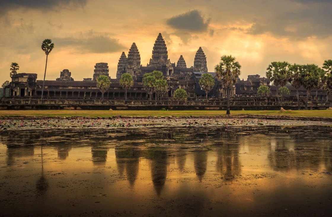angkor wat very early in the morning