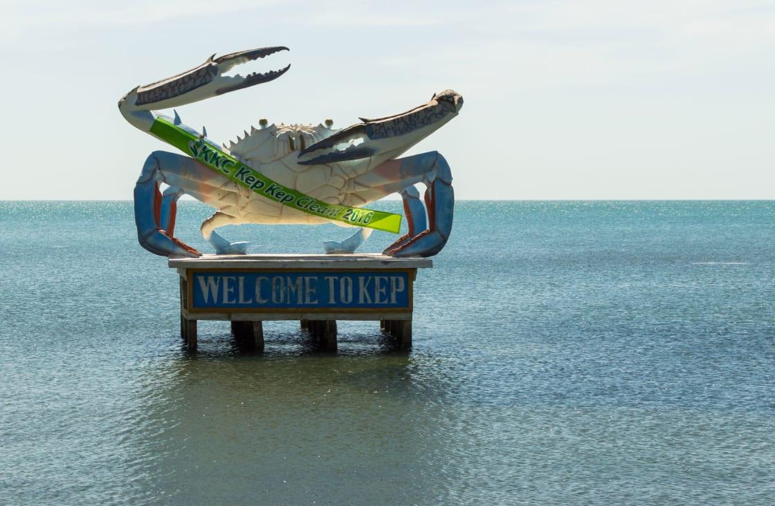 crab sculpture at kambot
