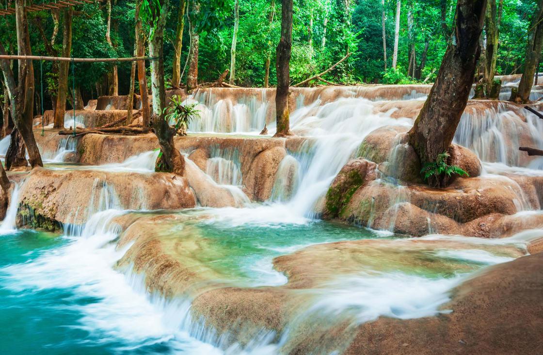 Travel-Kuang-Si-Waterfall