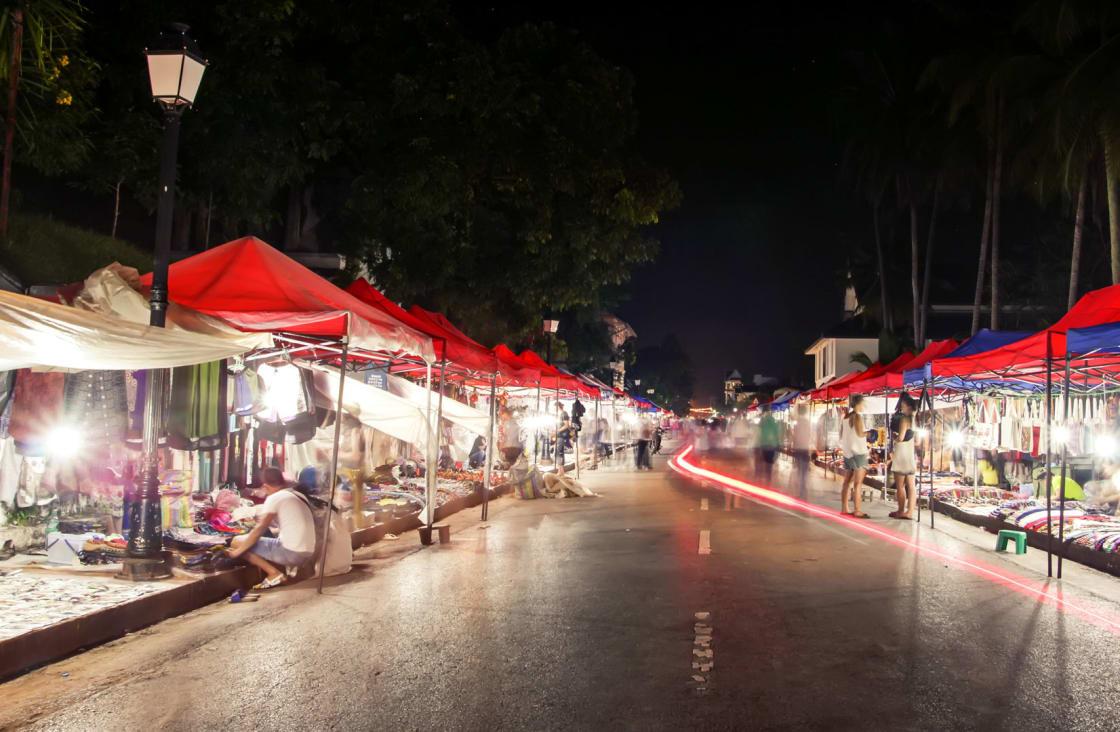 luang night market