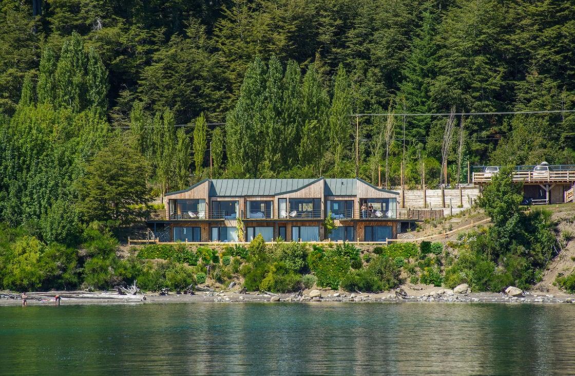 Correntoso-Lake-&-River-Hotel