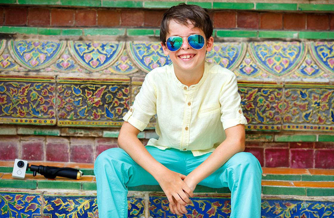 kid wearing sunglasses in bangkok