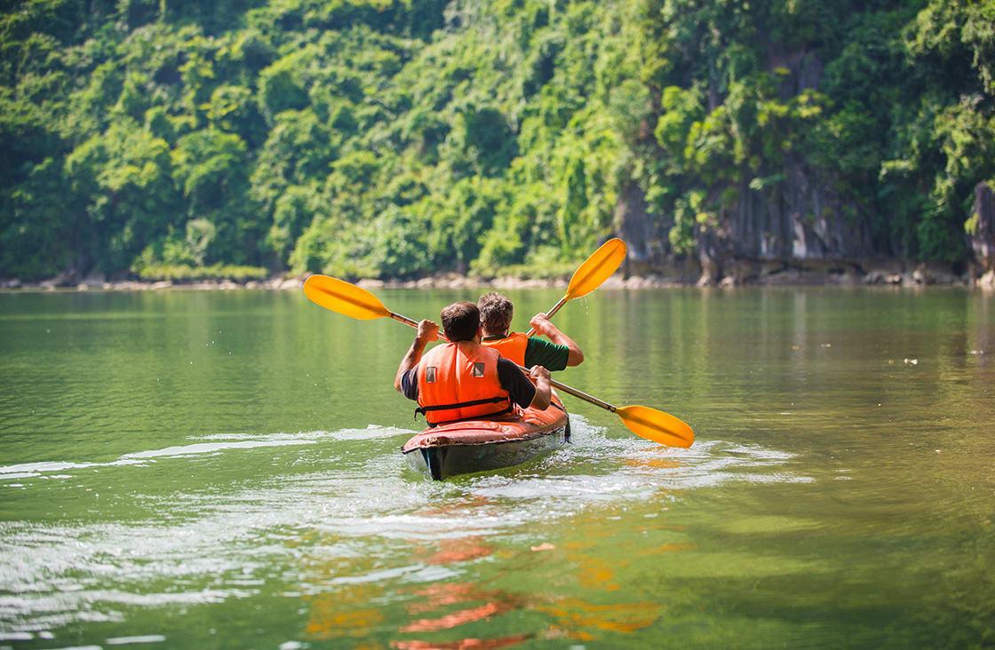 kayaking during summer halong bay