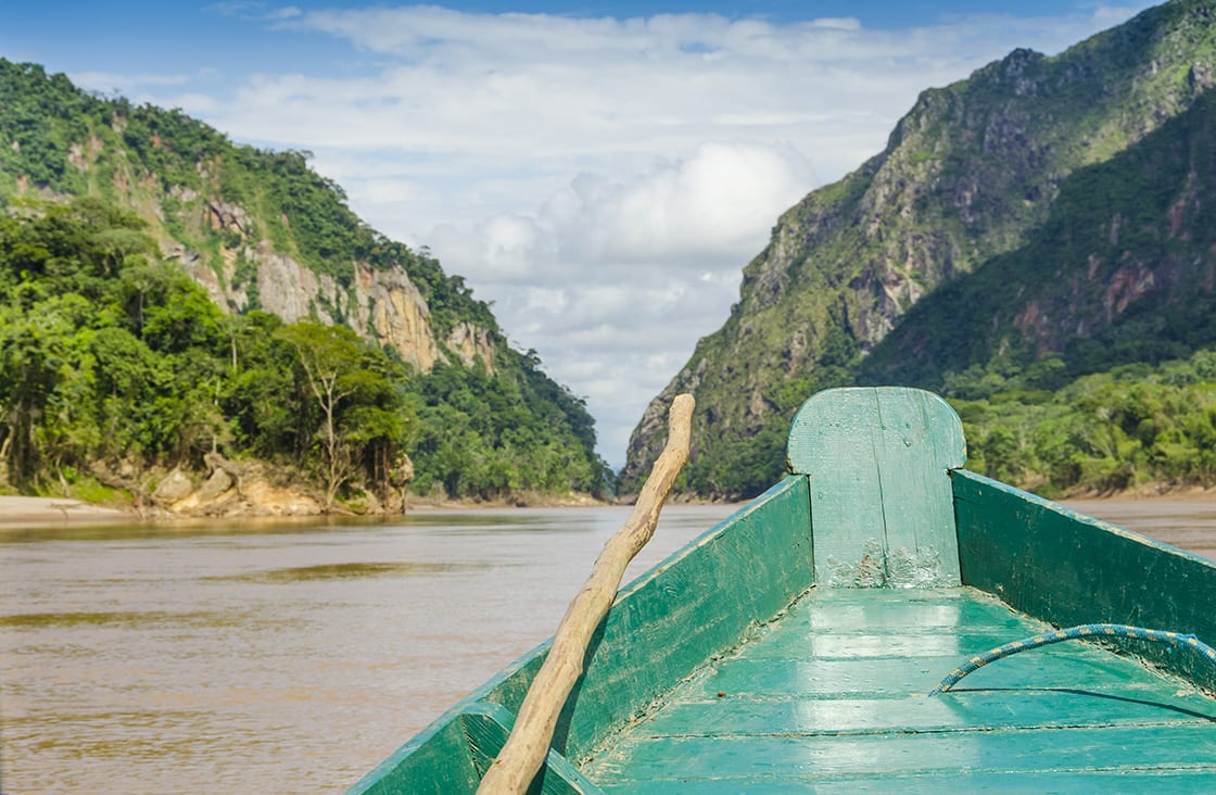 Travelling,By,Wooden,Boat,On,Beni,River,In,Bolivian,Jungle