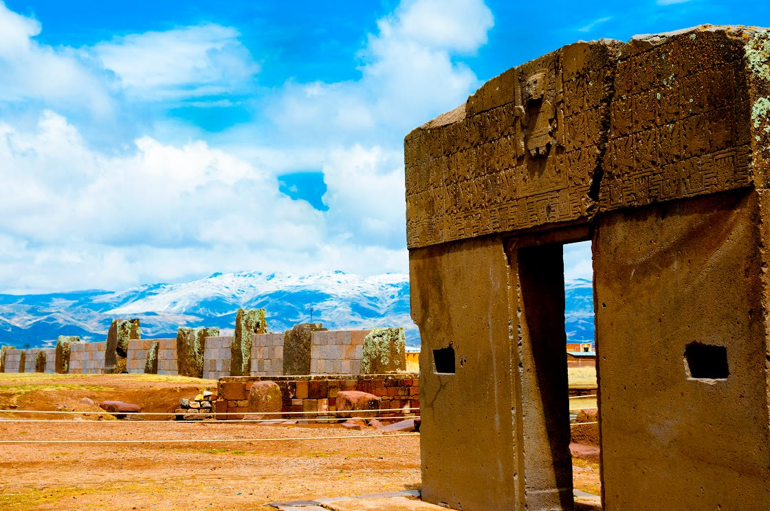 Puerta del Sol - Tiwanaku, Bolivia