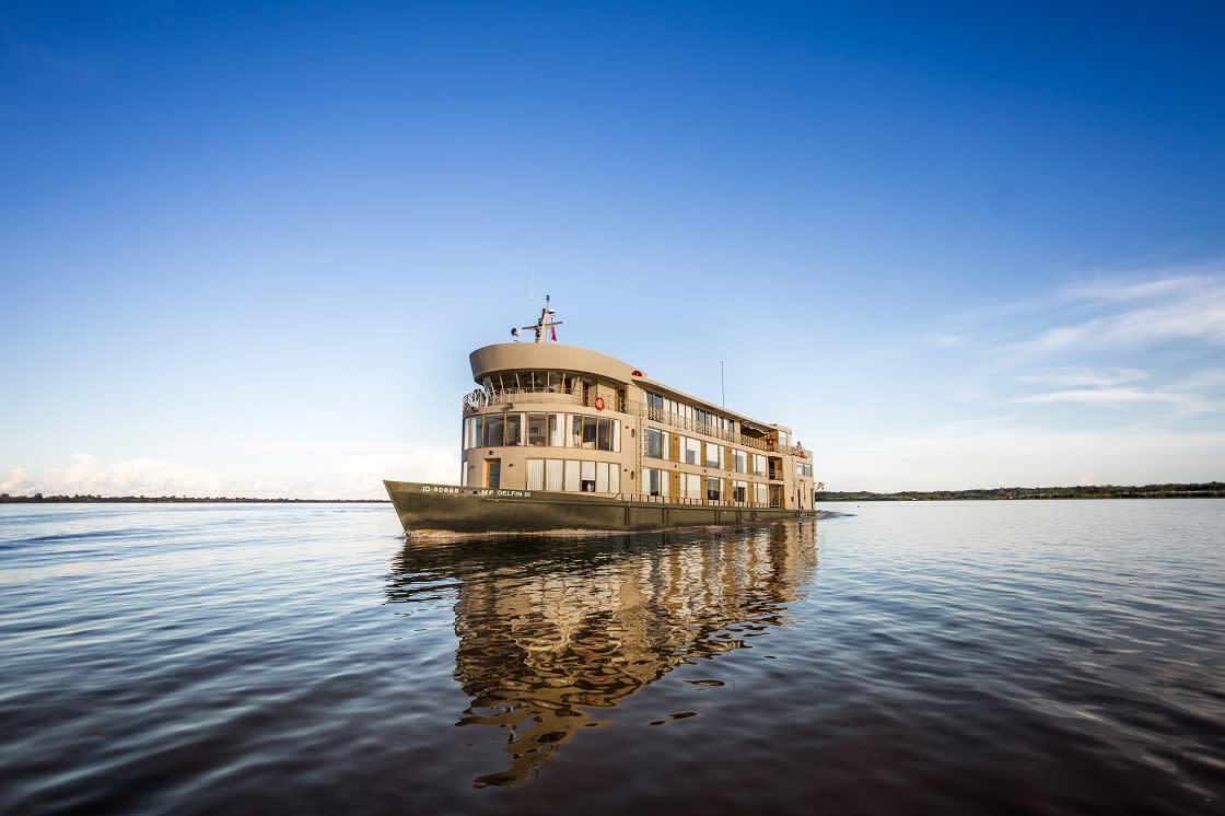 Delfin III River Cruise