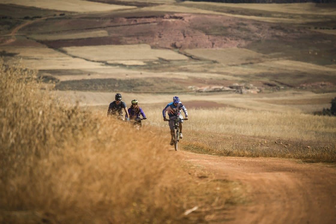 Mountain Biking to Maras & Moray