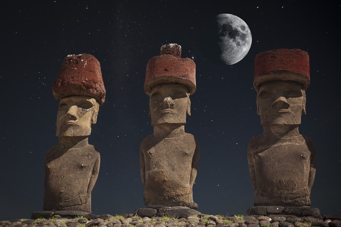 Stargazing At Easter Island