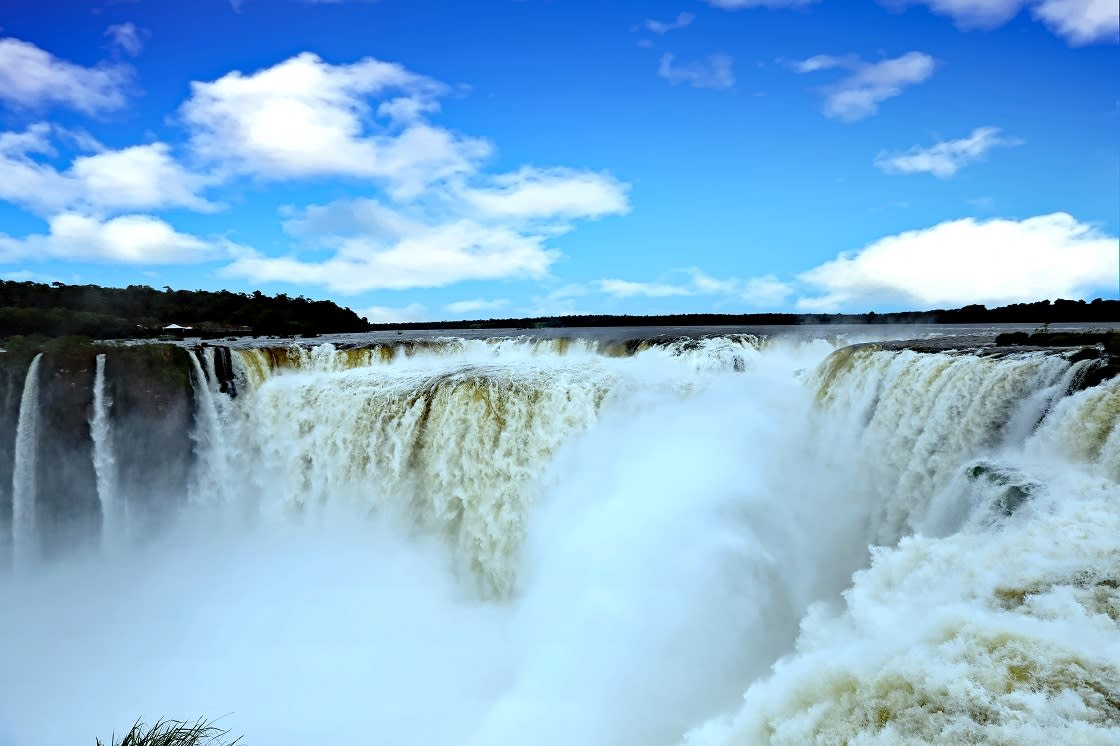 The Devil's Throat Waterfall