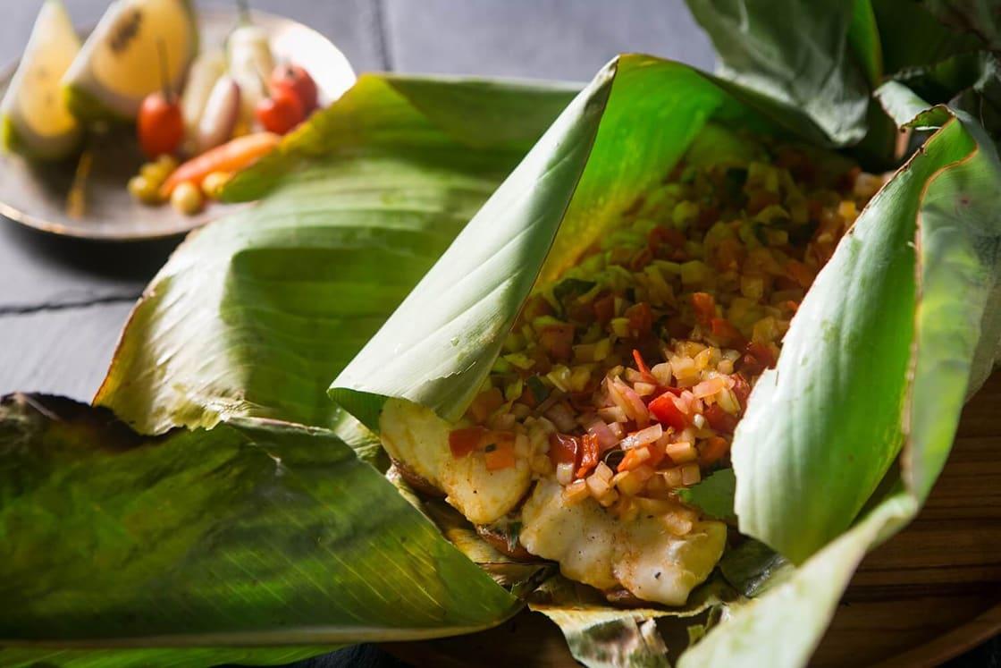 Patarashca de Doncella; Grilled Tiger Catfish Wrapped in Bijao Leaf