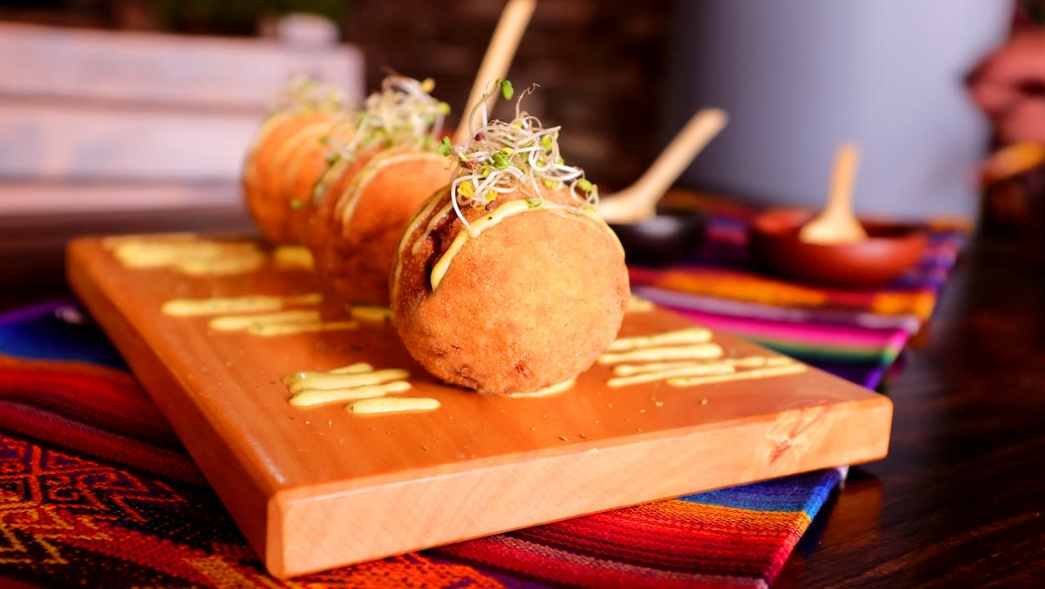 Galapagos-Food-9-Dishes-bolon-de-verde