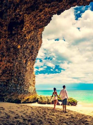 Couple on the beach in Vietnam