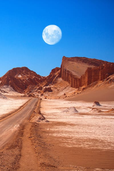 Amphitheatre,Is,Beautiful,Geological,Formation,Of,Moon,Valley,In,Atacama