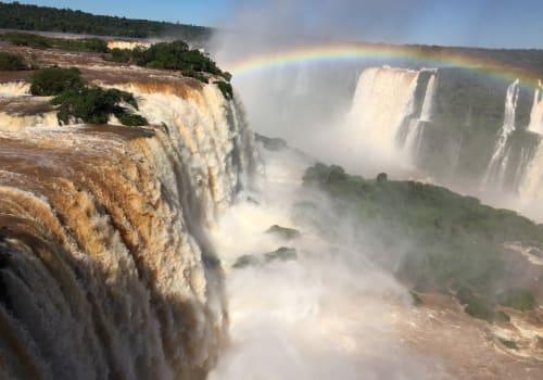 Beautiful,Iguazu,Falls,In,Brazil,And,Argentina