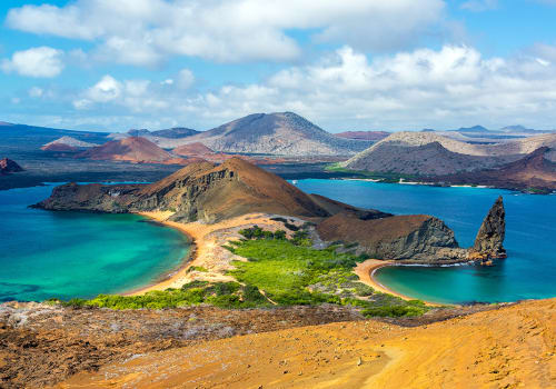 View,Of,Two,Beaches,On,Bartolome,Island,In,The,Galapagos