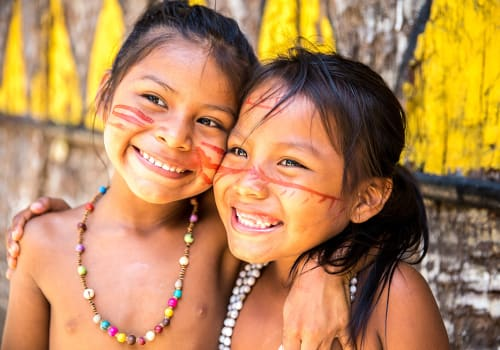 Cute,Brazilian,Indians,Paying,In,Amazon,,Brazil