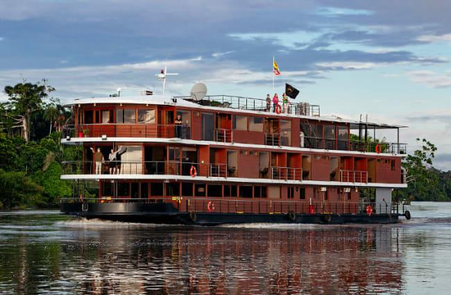 Amazon Rainforest Manatee cruise