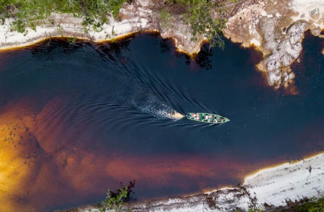 Aerial view of a skiff