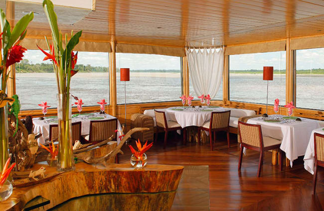Dinning room with the panoramic windows