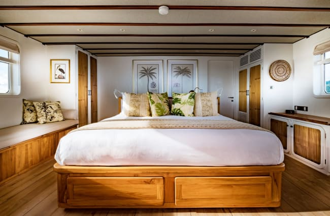 Double bed in the cabin