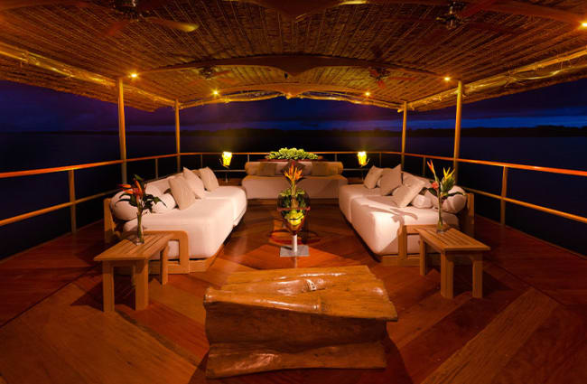 Lounge Night Time Delfin
