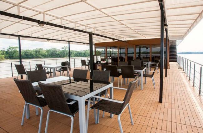 Anakonda's Alfresco Lounge