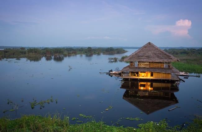 restaurant floating in Iquitos