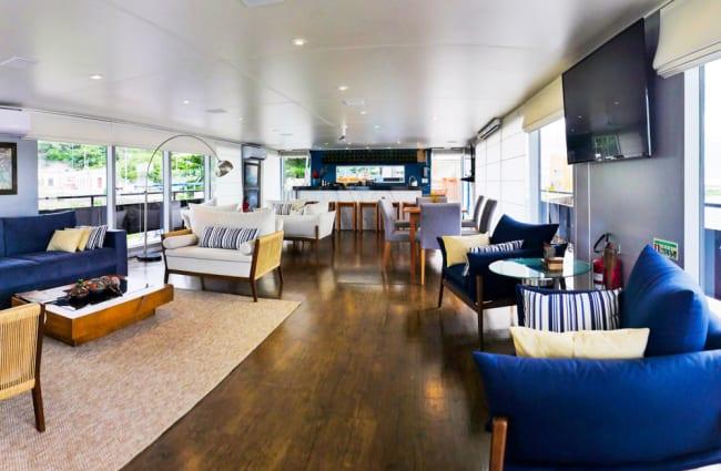 Peralta Main Lounge Cruise