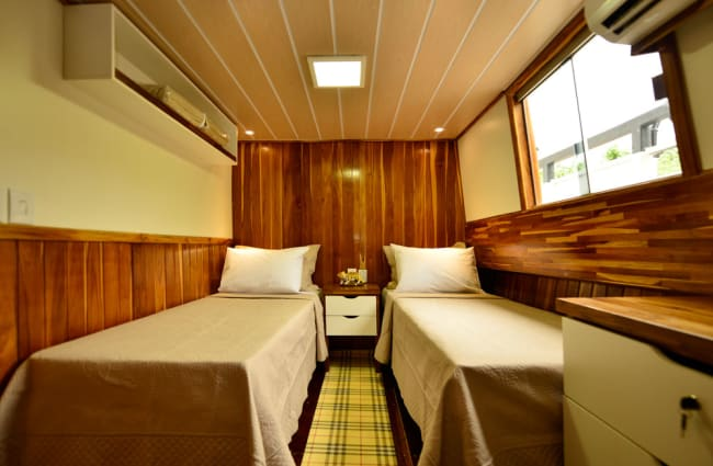 Cabin with twin beds
