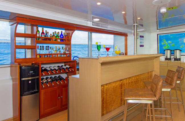 Small indoor bar onboard the Calipso