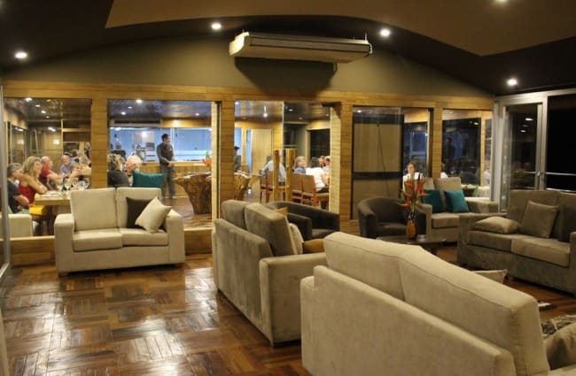 Lounge with sofas onbord the Agua Marina