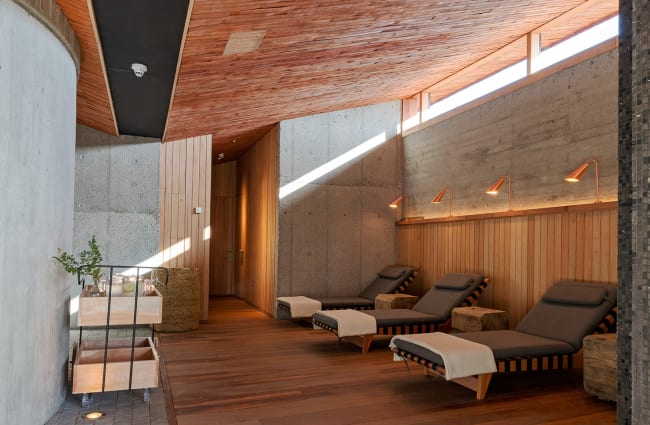 deck chairs in the spa of tierra chiloe lodge