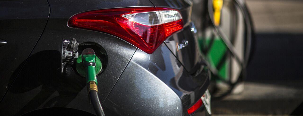 A németek uniós szinten betiltanák a benzines- és dízelautókat