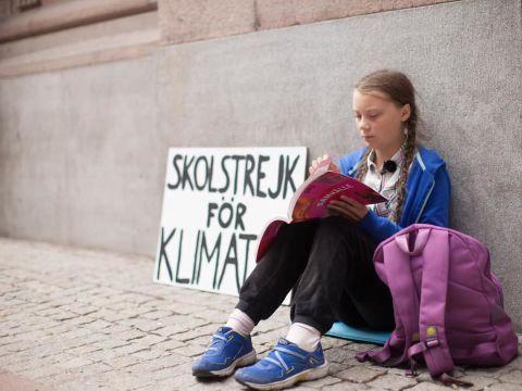 Greta Thunberg 16 éves környezetvédőt jelöltek Nobel-békedíjra   ClimeNews