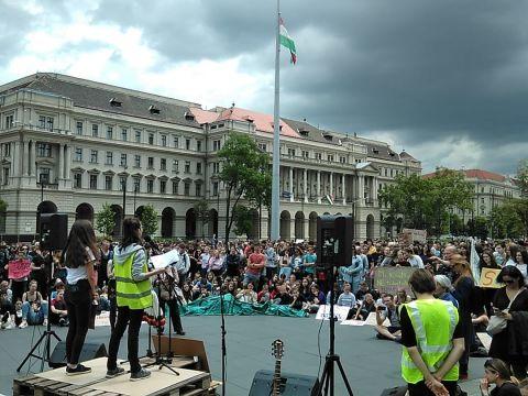 Az FFF mozgalom a elhatárolódik minden dezinformációs és félretájékoztató kampánytól - ClimeNews