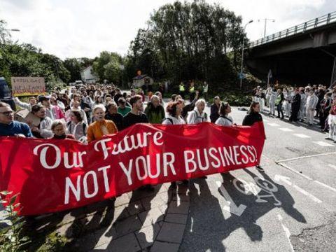 A mi jövőnk, nem a ti üzletetek!   ClimeNews - Hírportál
