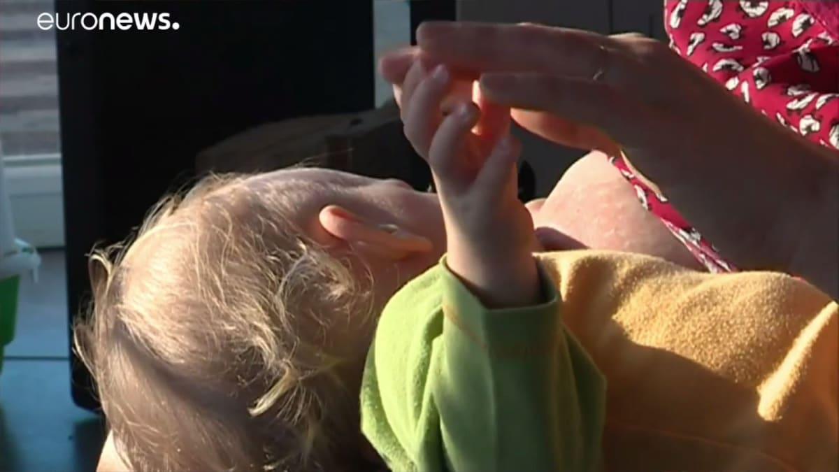 Mérgező anyagok az anyatejben   ClimeNews - Hírportál