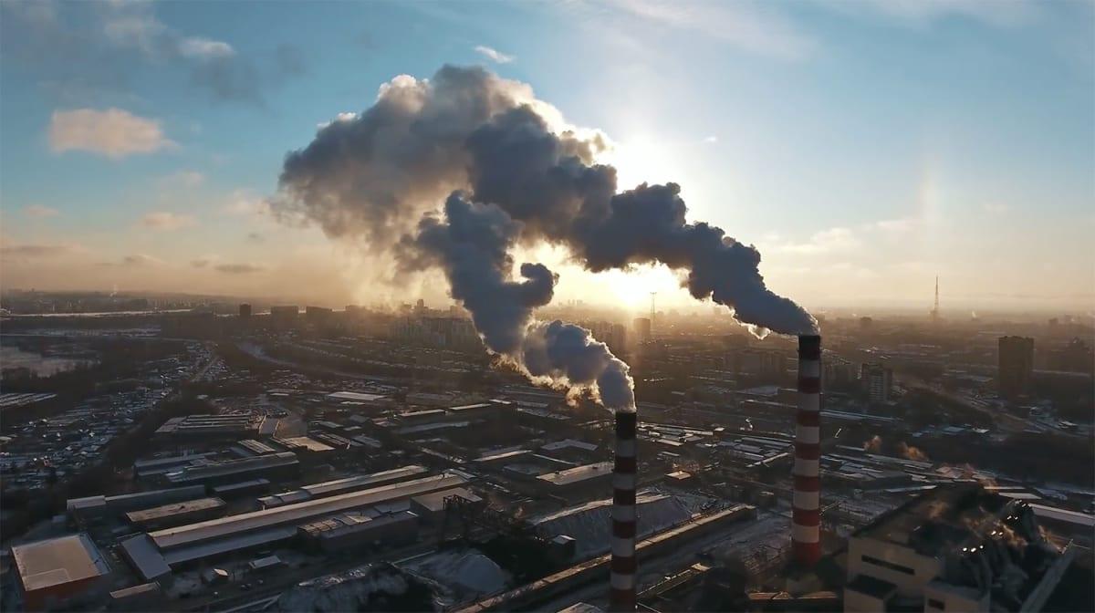 55 százalékos csökkentésre van szükség   ClimeNews - Hírportál   Forrás: UNEP