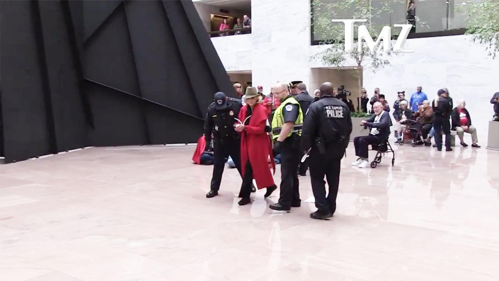 Jane Fonda letartóztatása negyedszer is megtörtént | ClimeNews - Hírportál