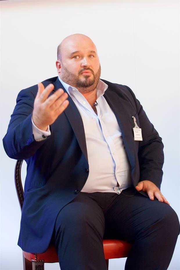Adam Matthews, | Pellengérre állít 55 óriáscéget több nyugdíjalap a klímaváltozás miatt - ClimeNews - Hírportál